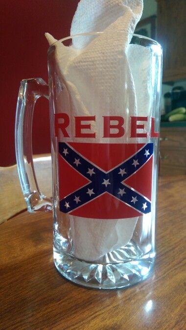 $12.00 Rebel beer glass kayla.expresscreations@gmail.com https://www.facebook.com/expresscreations