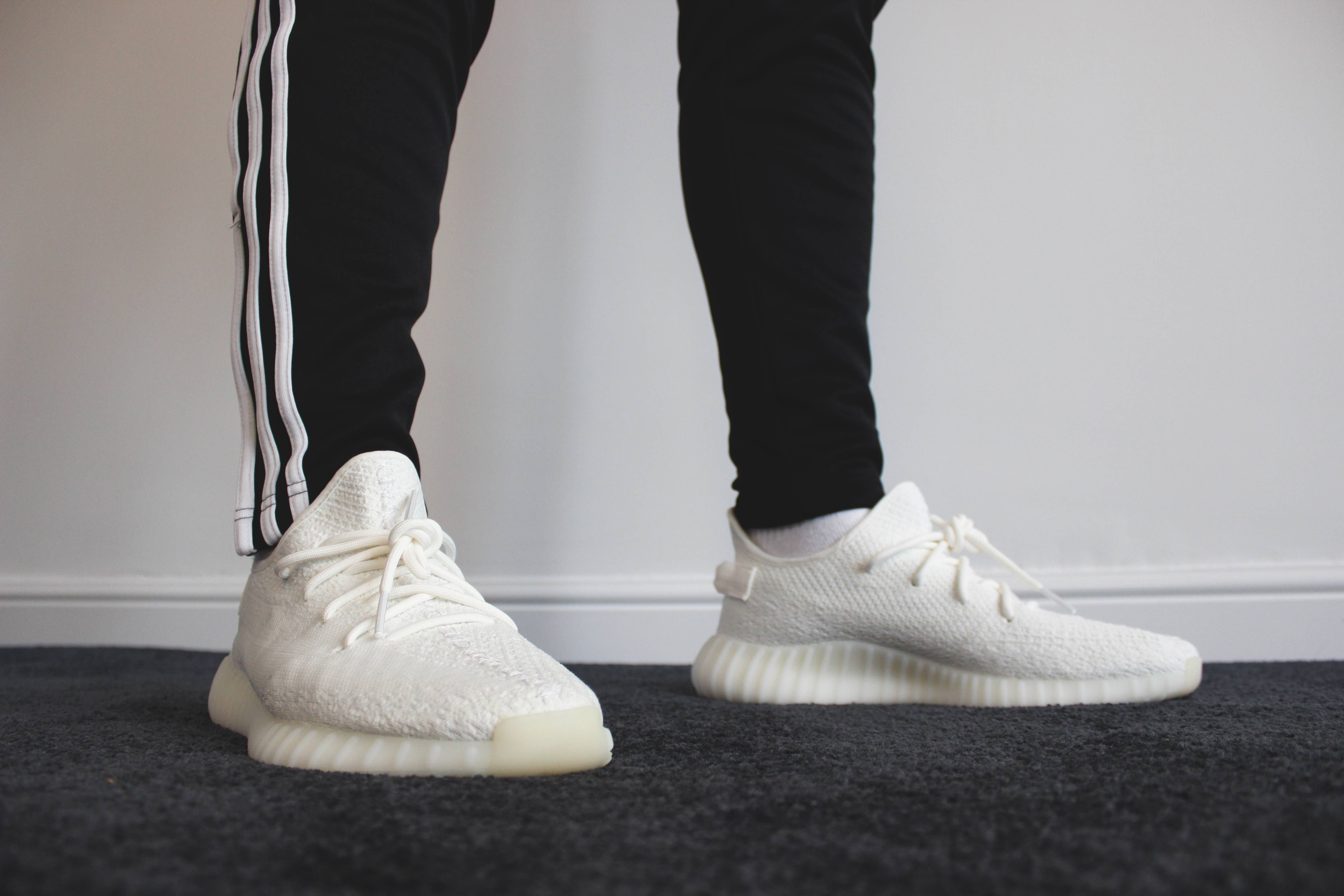cream yeezys on feet Cream White V2's on foot. My first yeezy W.