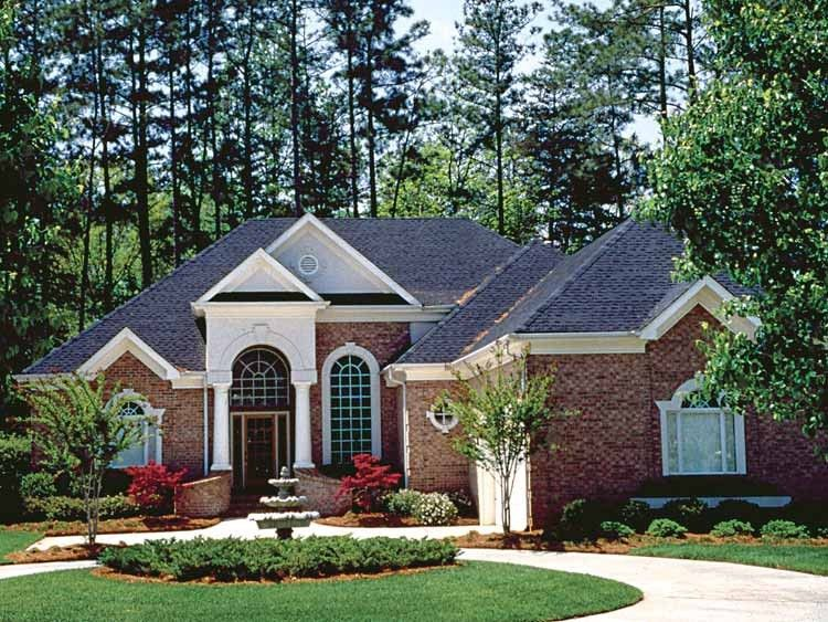 Colonial style house plan 3 beds 35 baths 2774 sqft
