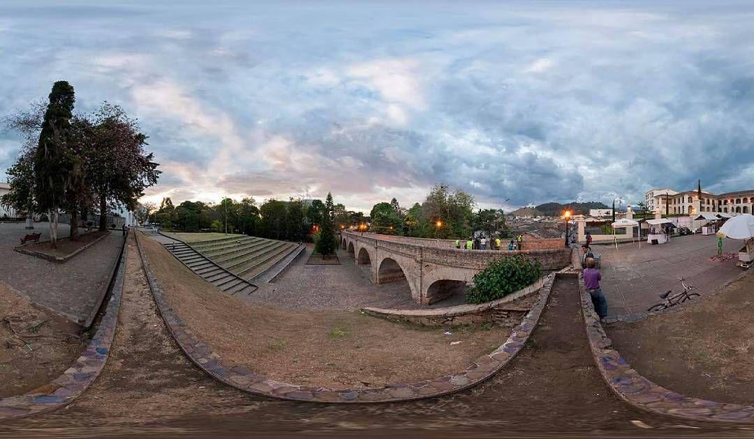 #Repost @angelphotograpy360 #atardecer #puente #cultura #fotografía #fotograía360 #sociedad #historia #cielo #museo #centrohistórico #colonial