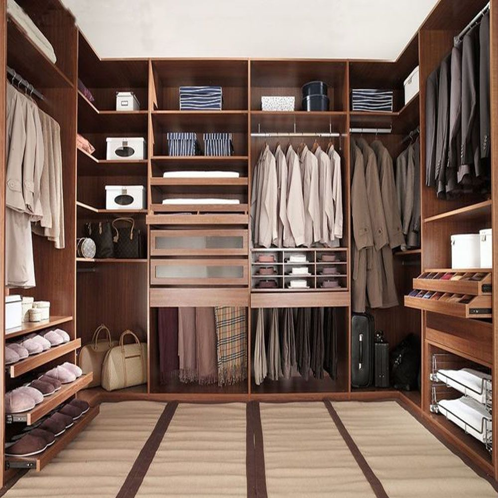 Armadi In Pvc Componibili.Come Arredare La Cabina Armadio Armadio Cabina Closet Arredare Walk Come Wardr In 2020 Master Bedroom Closet Design Ideas Master Bedroom Wardrobe Designs Closet Layout