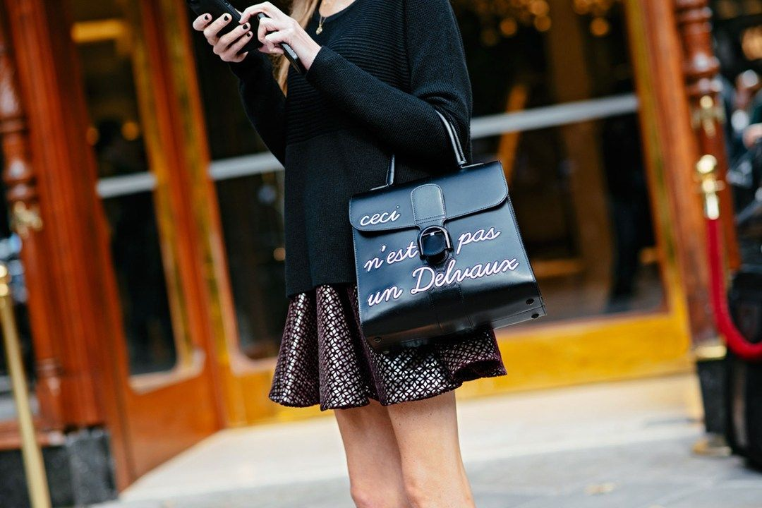 Fashion Accessories I street style I black leather tote bag I handmade leather bag I Delvaux I special edition I ceci n'est pas un delvaux monochrome @monstylepin