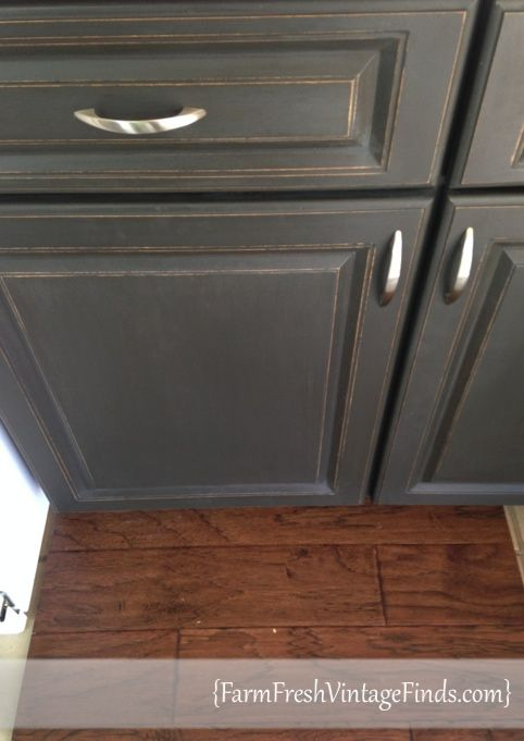 Painted Laminate Kitchen Cabinets In 2020 Painting Laminate