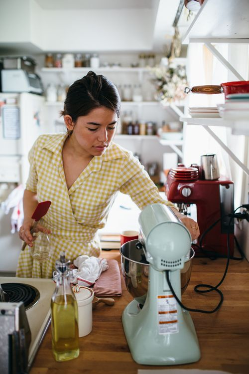 Pin by Norma Gonzalez on Molly yeh in 2020 | Molly yeh