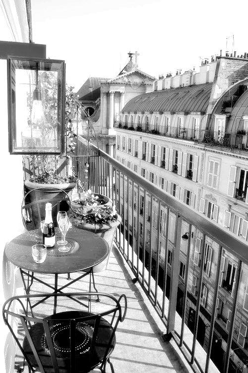 #ontbijt #lunch #dakterras #Parijs #Frankrijk