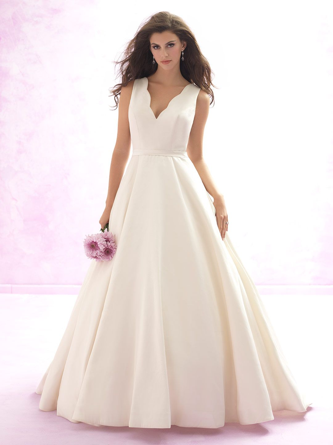 Embodying the best of both worlds our ball gown features simple and