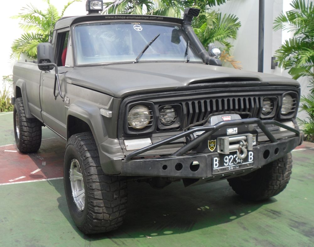 Jeep J20 Gladiator Google Search Jeep Pickup Truck Jeep Truck