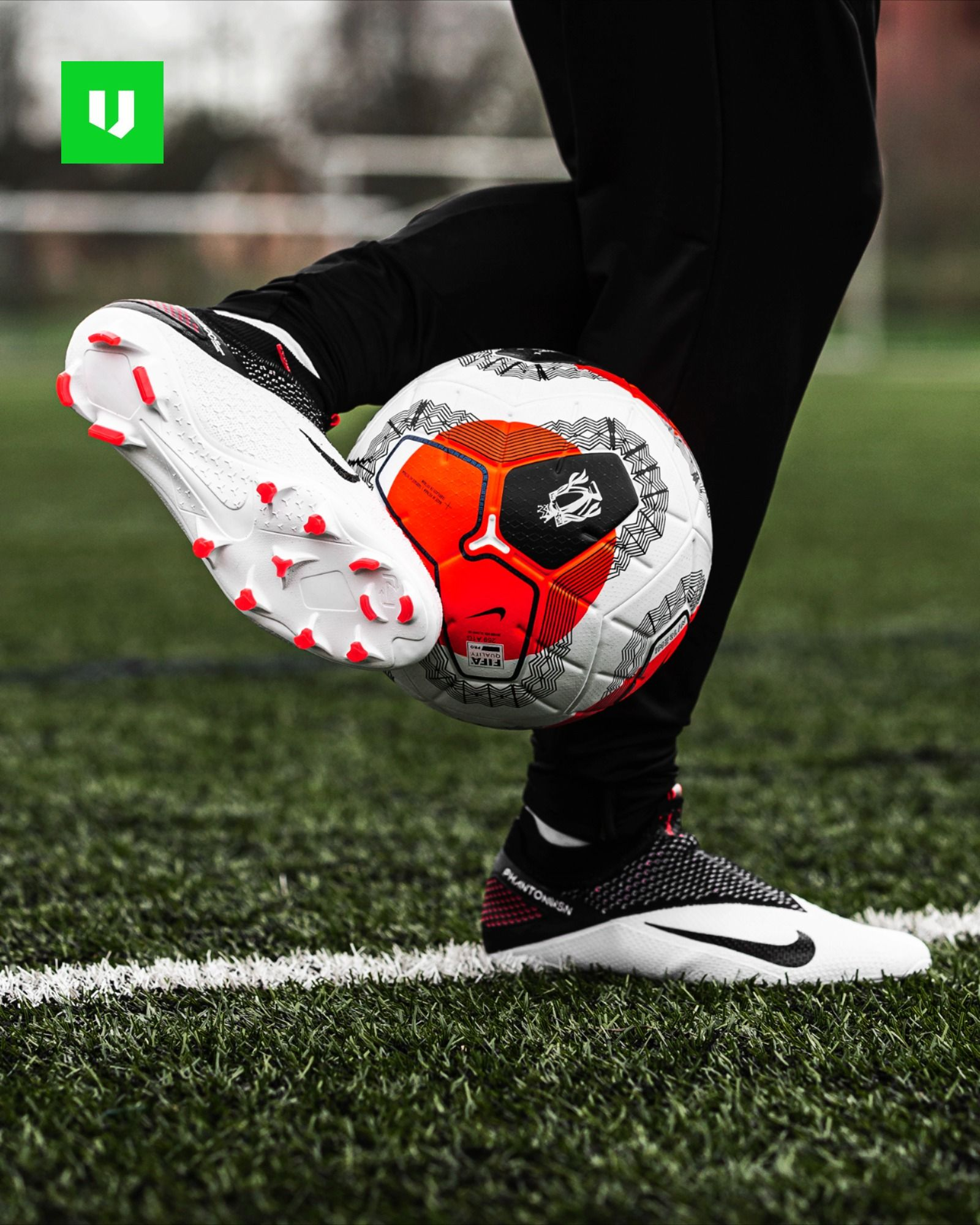 football player nike shoes