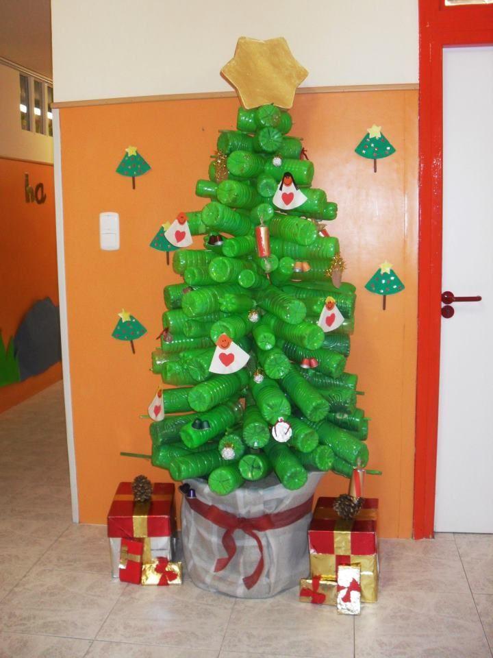 decoracion navidea reciclada Buscar con Google puerta deco
