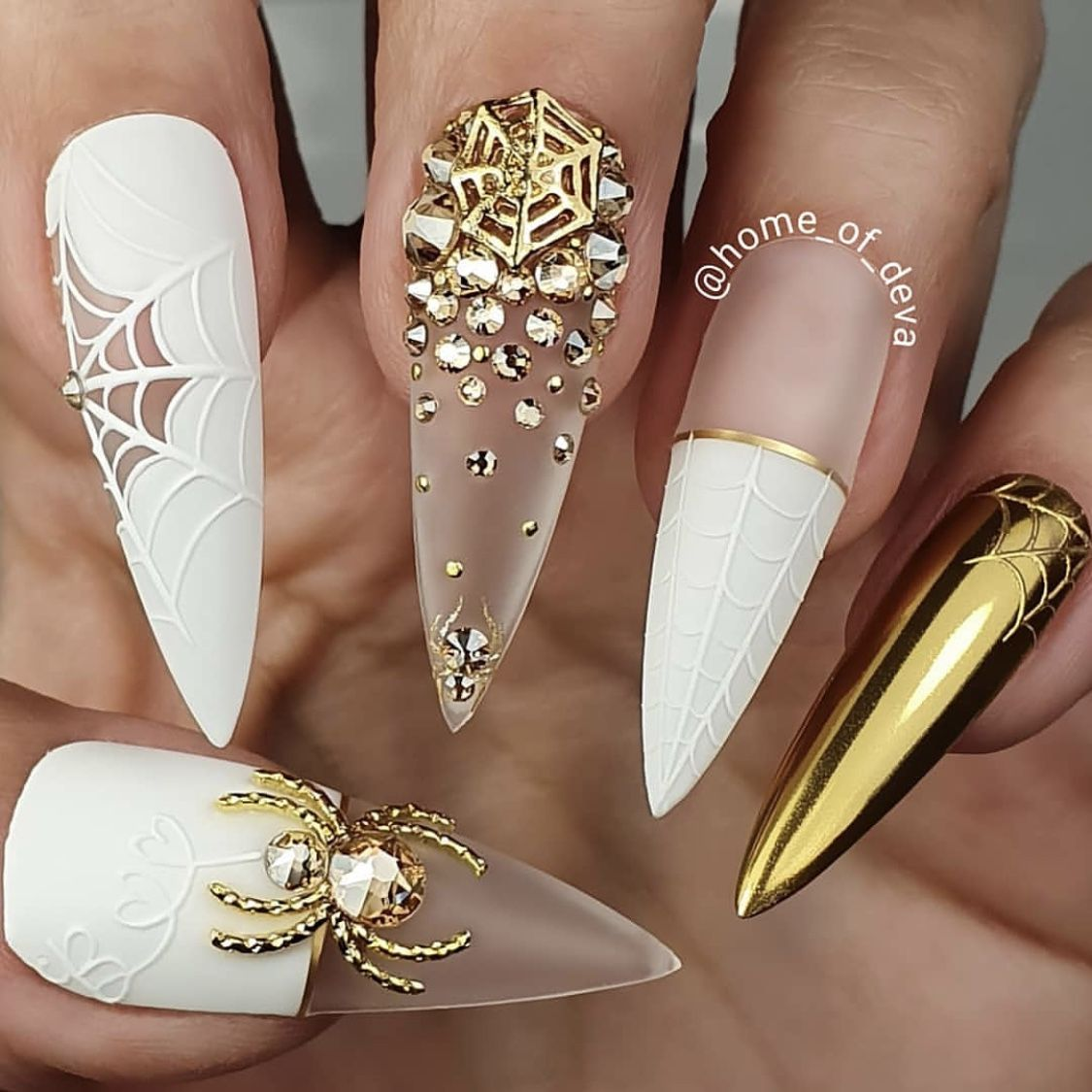 Pin by Lucy on Nails | Halloween nails, Swag nails ...