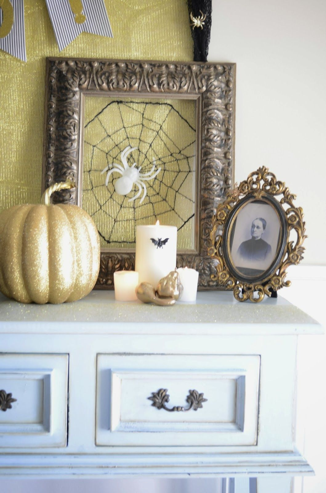 Cool Halloween Indoor Decorations With Detail Accessories  Enticing - Inside Halloween Decorations