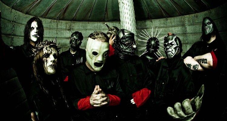 Foi anunciado por Corey Taylor, vocalista do Slipknot, que o novo baterista e guitarrista usarão máscaras iguais. Saiba o porquê no post! #FFCultural #FFCulturalMúsica