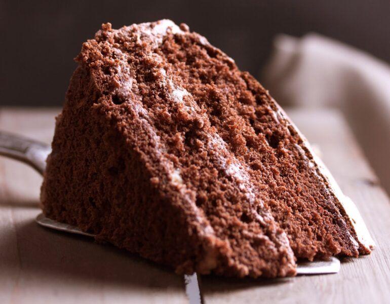 hershey triple chocolate cake ingredients