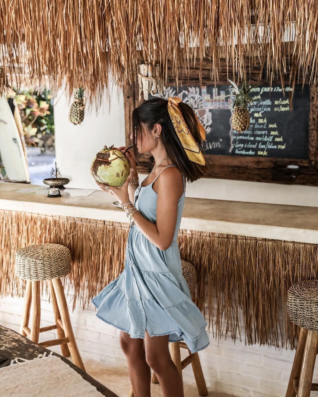 """FASHION BLOGGER on Instagram: """"JEU CONCOURS Je vous propose de gagner 200€ chez @letempsdescerisesjeans l'occasion d'acheter cette petite robe trop #cute et ce bandana…"""" #vacationoutfits FASHION BLOGGER on Instagram: """"JEU CONCOURS Je vous propose de gagner 200€ chez @letempsdescerisesjeans l'occasion d'acheter cette petite robe trop #cute et ce bandana…"""""""