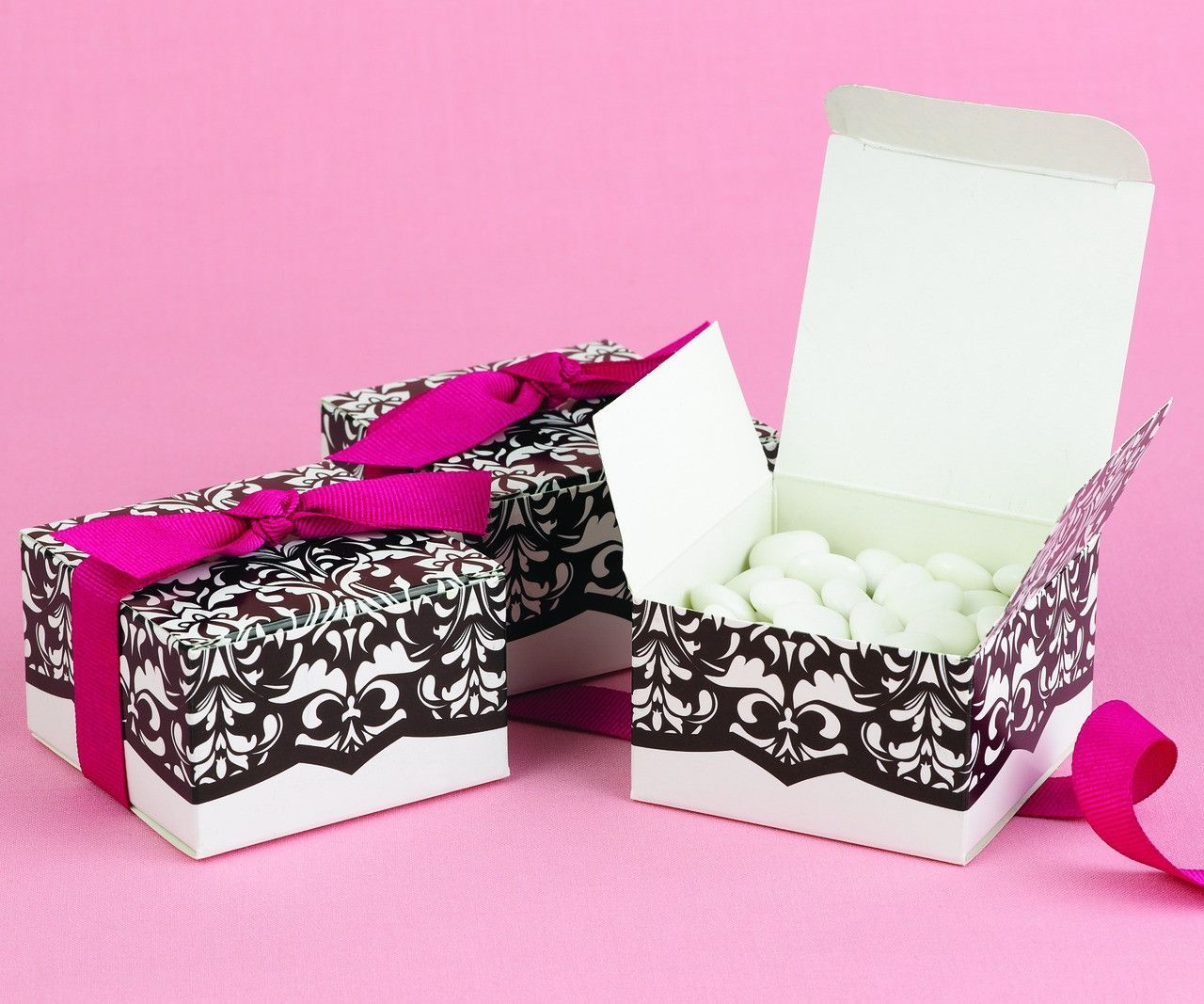 Damask Wedding Party Favor Box with Fuchsia Ribbon (Pack of 25 ...
