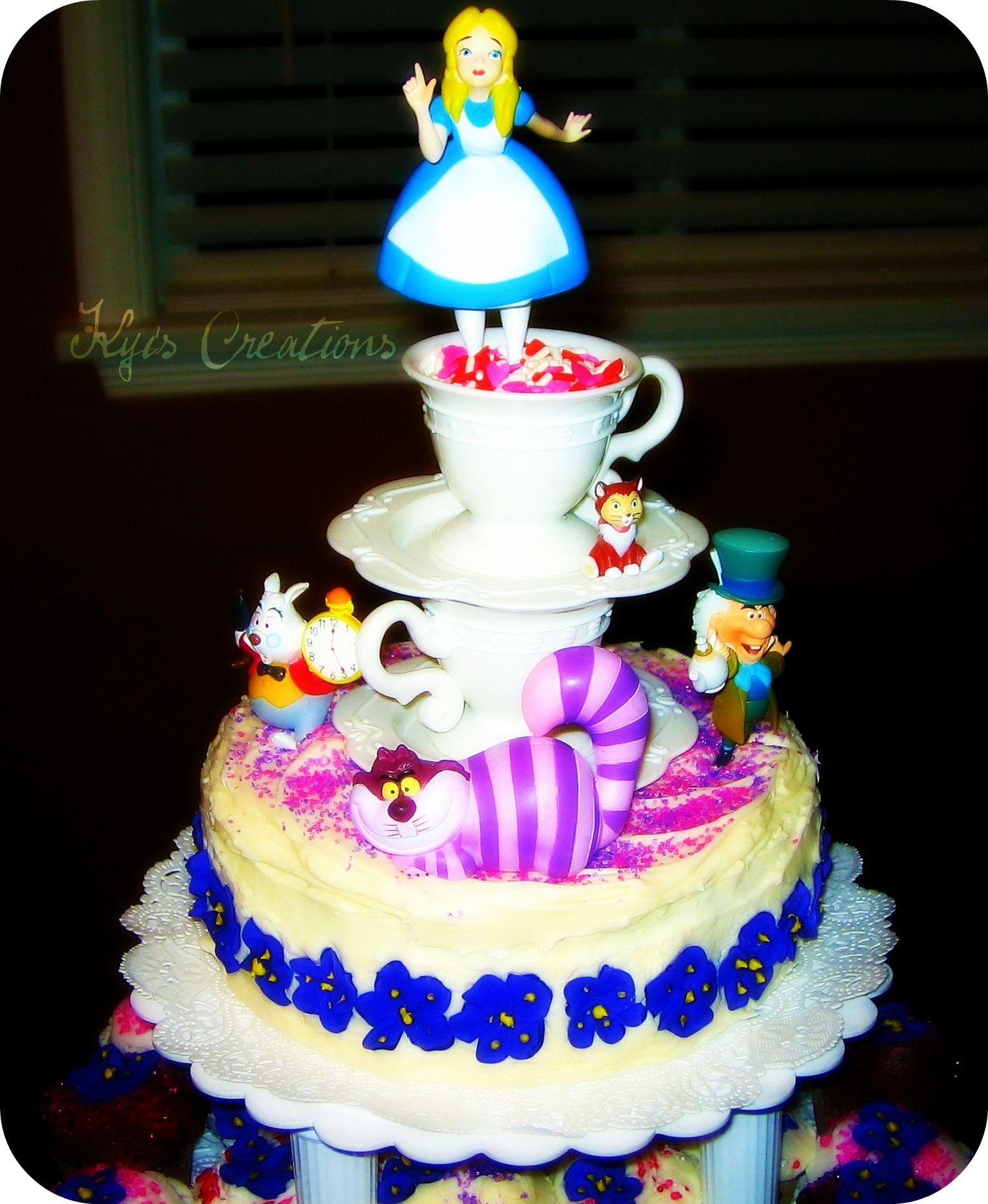 Alice In Wonderland Mini Tops Cake And Cupcake Tower Cupcakes