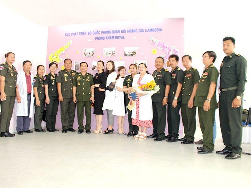 phong kham da khoa royal hop tac bo quoc phong cambodia
