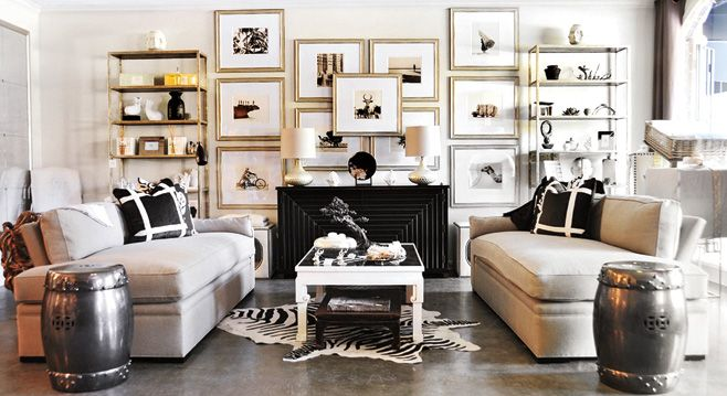 Gallery wall - decorateyourdigs.com