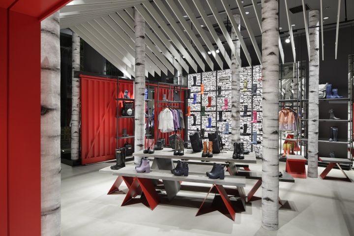Hunter Flagship Store by Checkland Kindleysides, Tokyo – Japan » Retail Design Blog