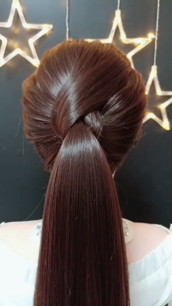 Hair Trends 2019 Hairstyles And Hair Colours To Try This Year -   2 hairstyles For Medium Length Hair 2019 ideas