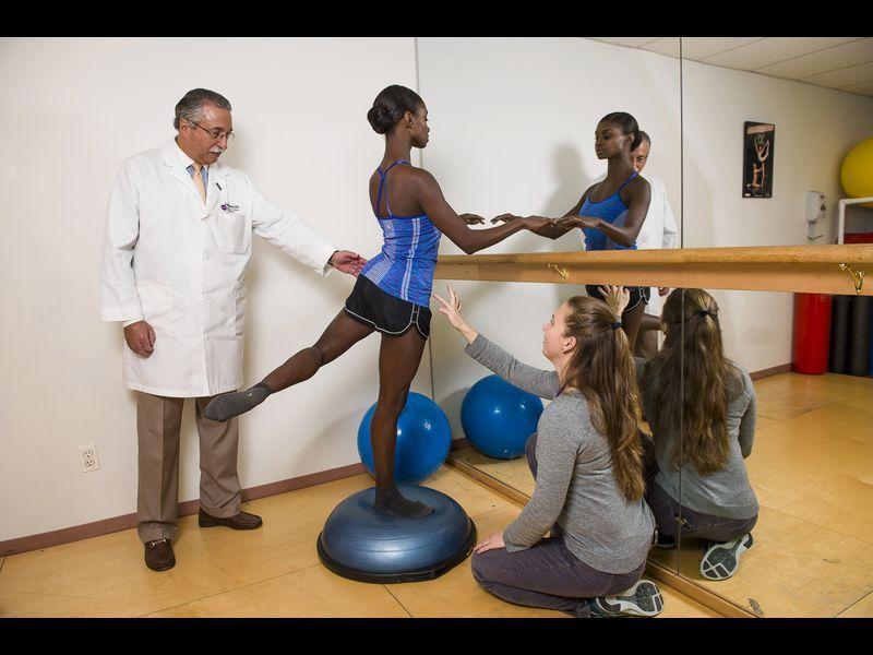 Harkness Center at NYU helps injured dancers get back into