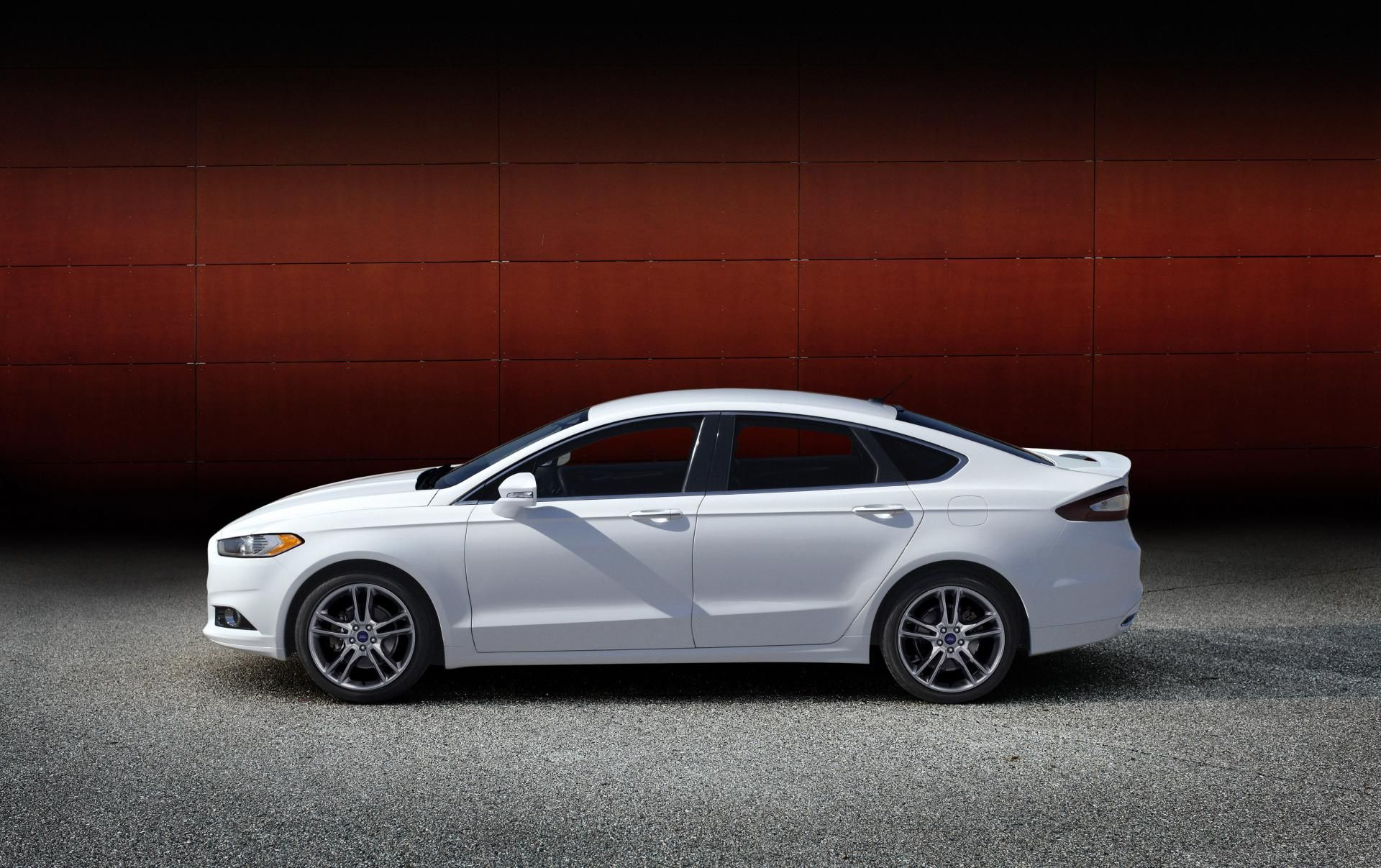 Ford fusion sedan side view
