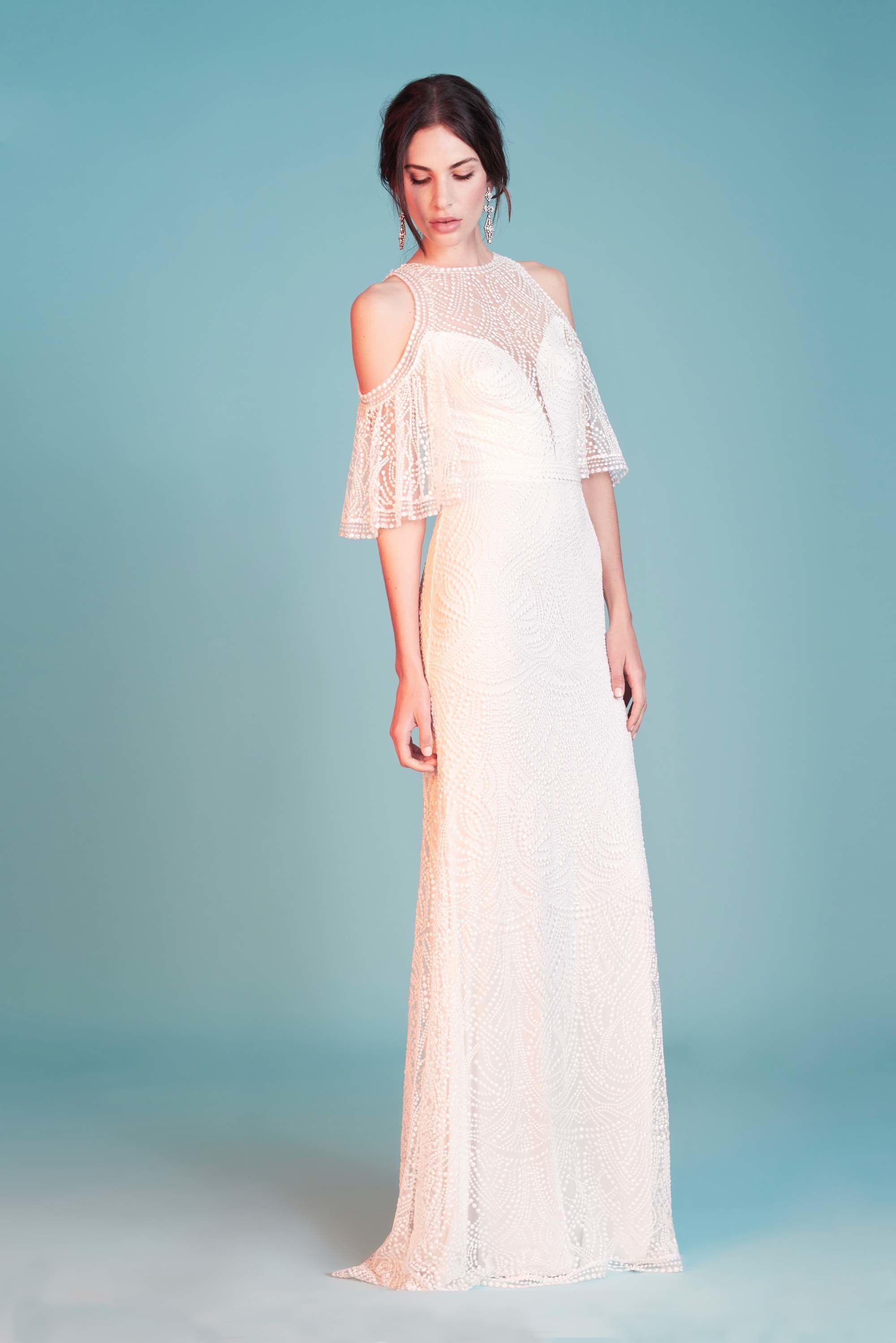 Tadashi Shoji Bridal Spring 2018 Fashion Show | Tadashi shoji ...