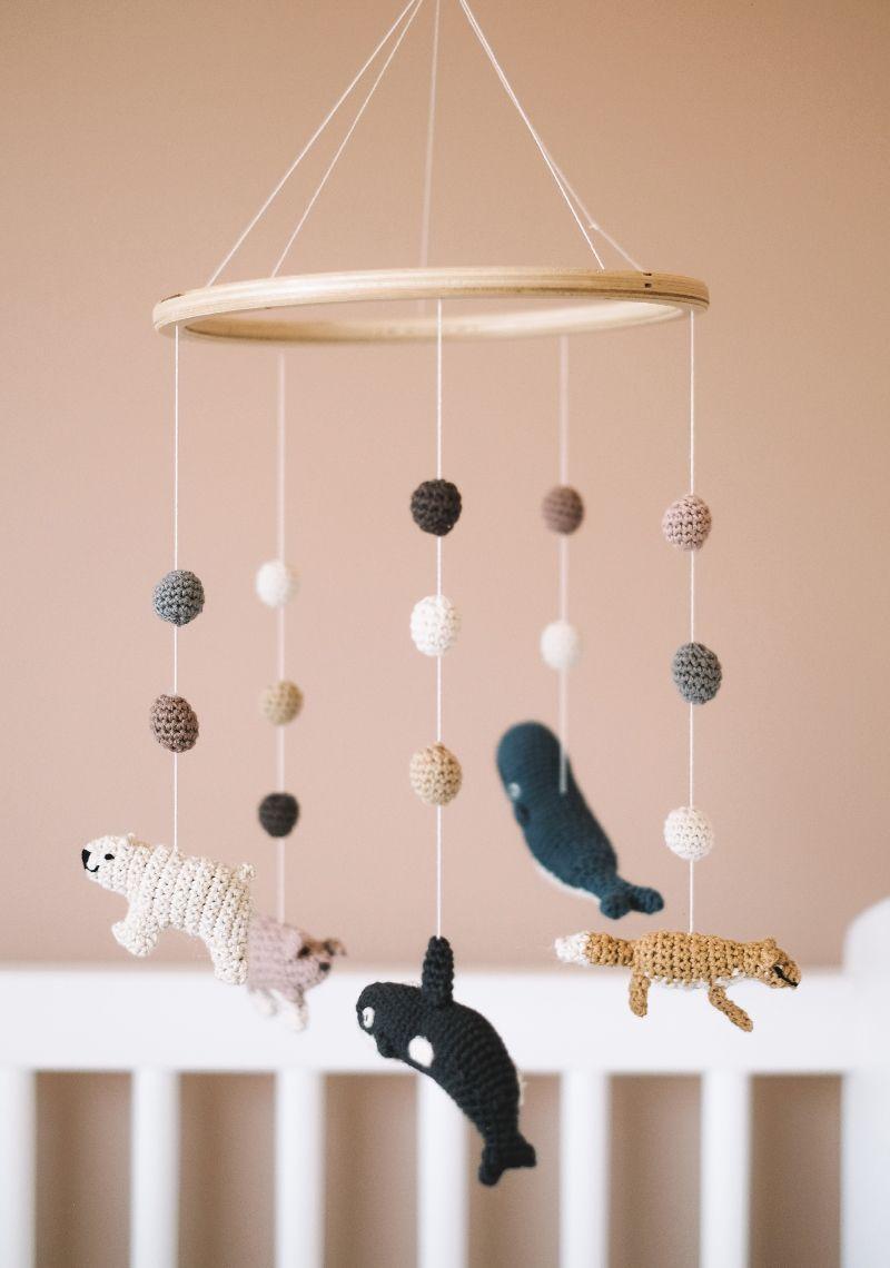 chambre de b b mobile en crochet plumeti chambres d. Black Bedroom Furniture Sets. Home Design Ideas