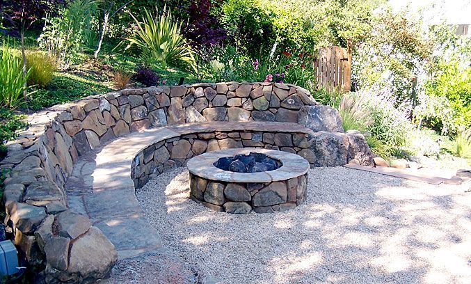 101 Stunning Fire Pit Seating Ideas to Spice Up your Patio #diyfirepit Settling ...