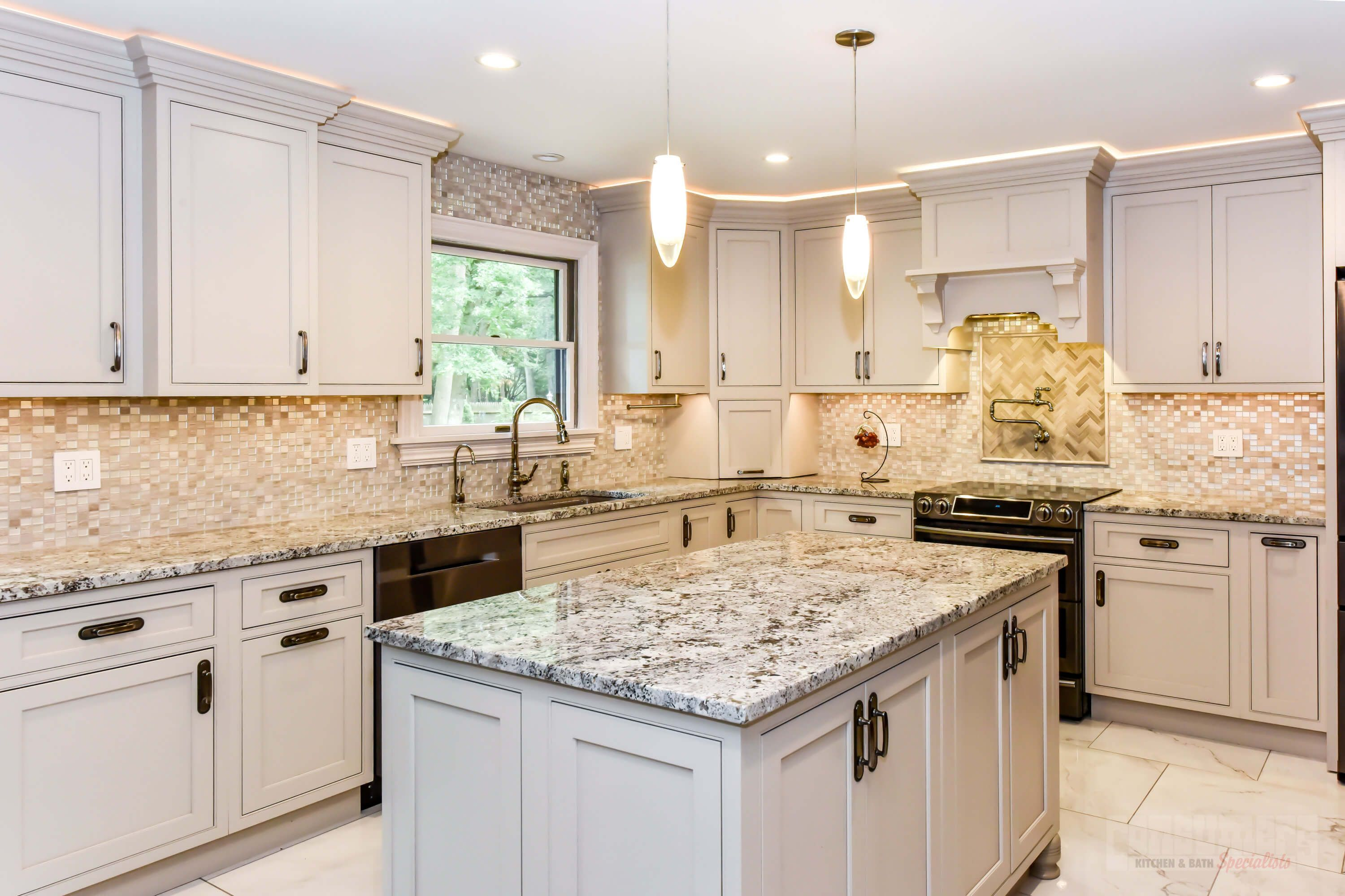 Pin By Consumers Kitchens Baths On Kitchen Free Kitchen Design Online Kitchen Cabinets Kitchen