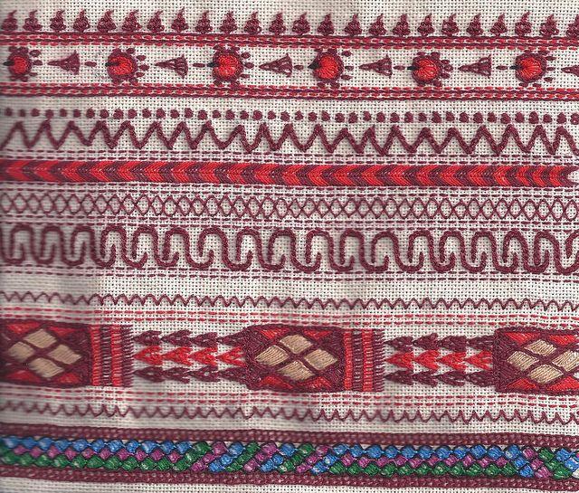 yemenite embroidery sample-2