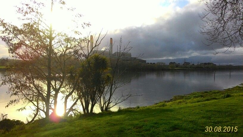 Huntly power late afternoon