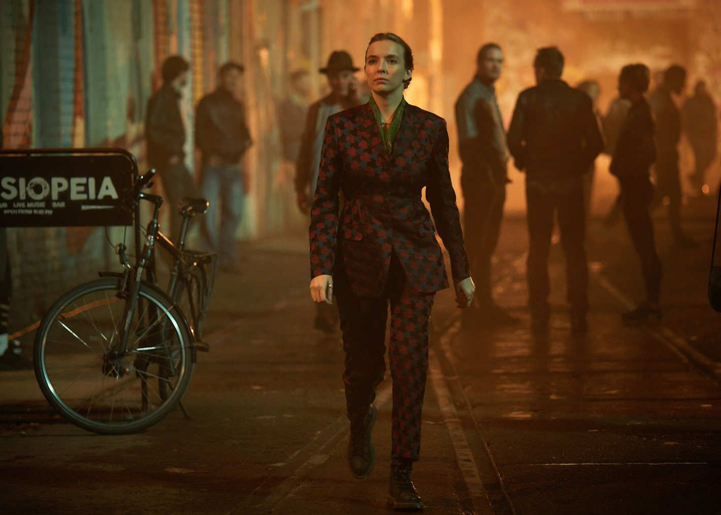 How To Dress Like Tv S Chicest Assassin Jodie Comer Eve Costume