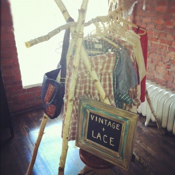 nifty way to hang & arrange vintage/lace inspired wardrobe. - Roxyclothing