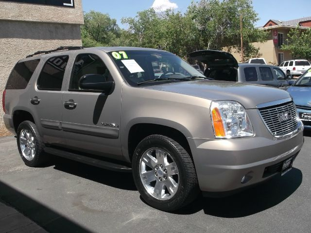 2007 #GMC #Yukon SLT - $21,990 #PremierCarandTruck #CarandTruck #Car #Truck #StGeorge #Utah #CarDealer  #CarDealership #UsedCarDealer #UsedCarDealership