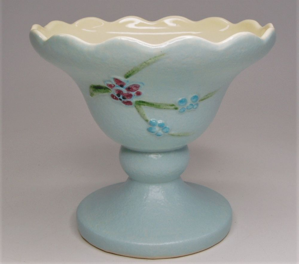 Antique vintage 1957 hull usa pottery s3 powder blue serenade antique vintage 1957 hull usa pottery s3 powder blue serenade compote vase reviewsmspy