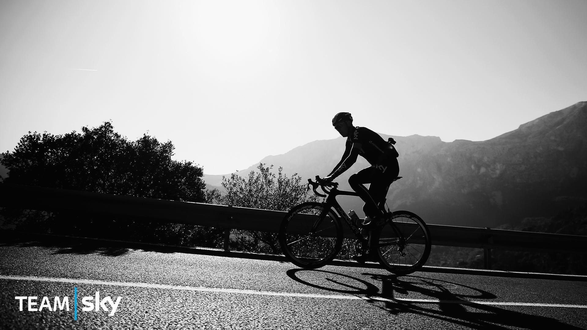 Pin By Brandon Hinton On Inspo Bike Hd Wallpaper Cycling Wallpaper