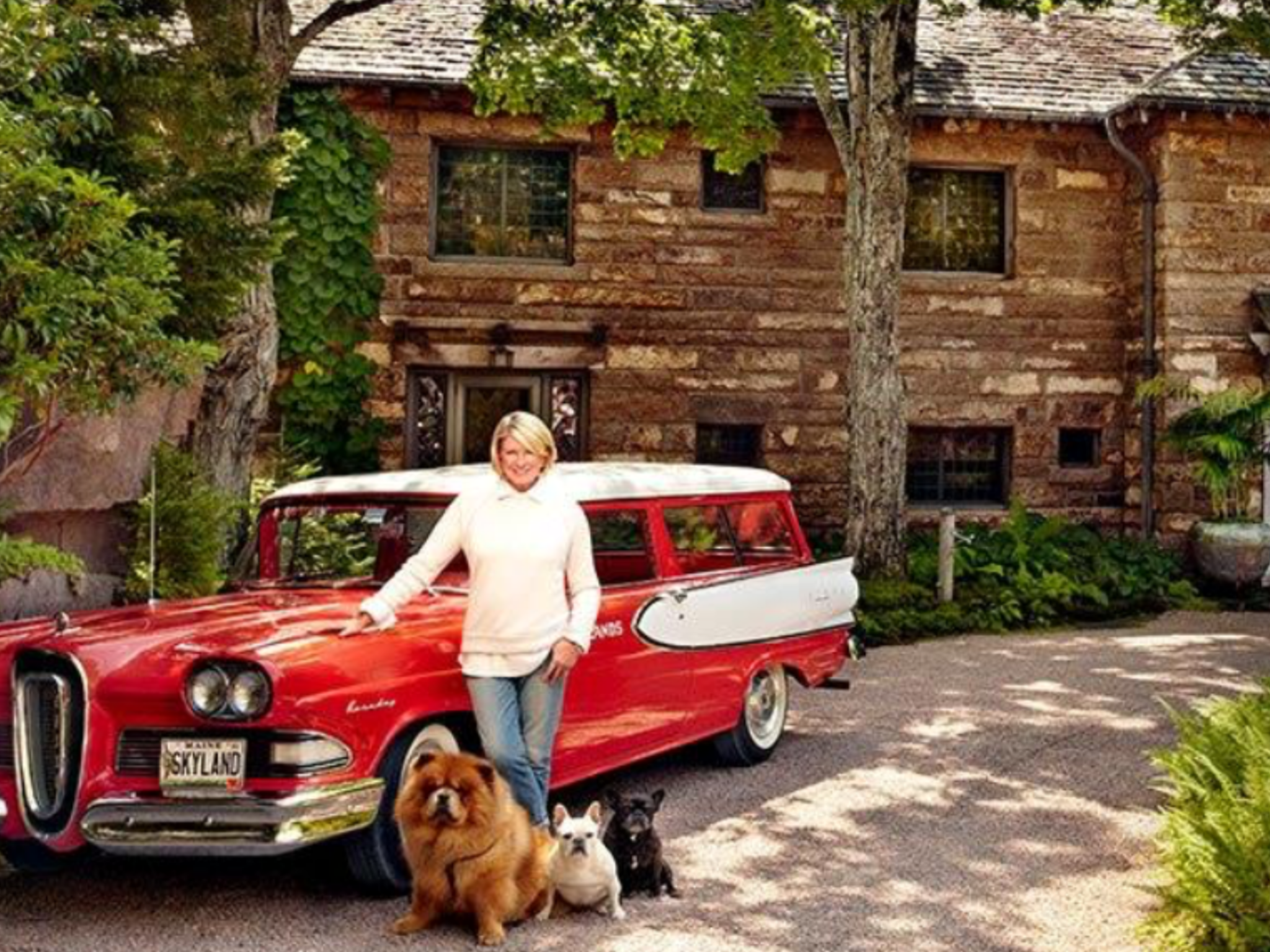 Martha Stewart Her Maine Estate With Ford Edsel Ranger Chow Chow And French Bulldogs Architectural Digest Architecture Edsel