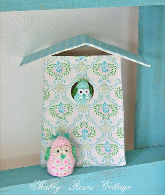 Sweet little birdies and their very special house!