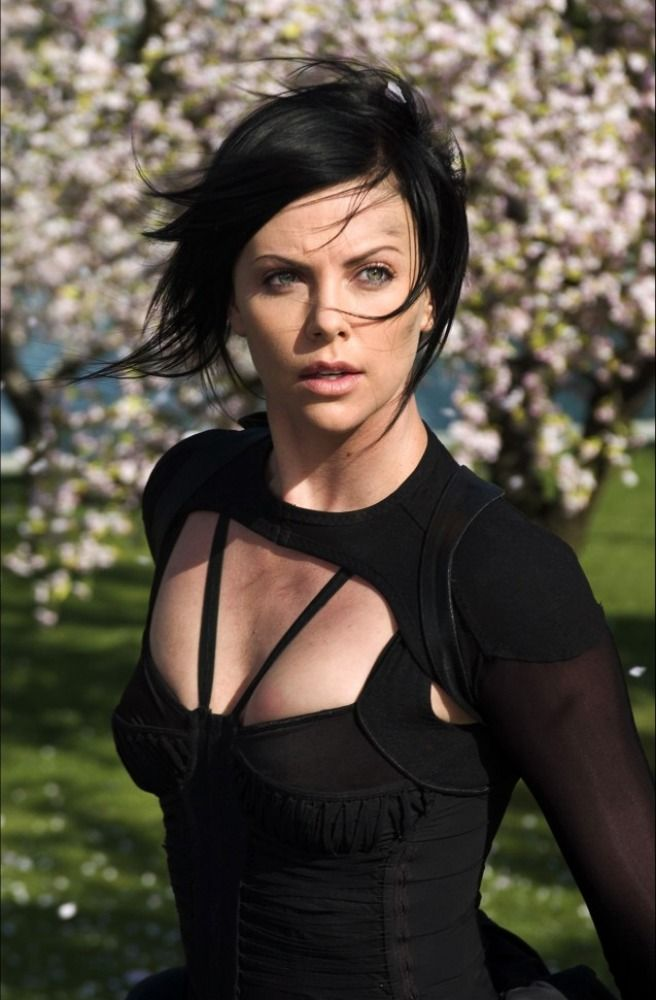 Charlize Theron As On Flux Charlize Theron Pinterest Charlize