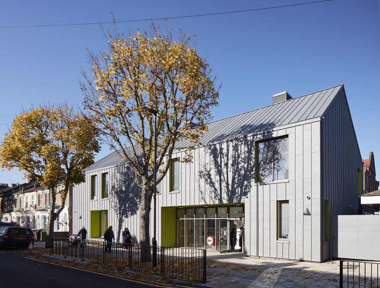 Gallery of Sandringham Primary School / Walters & Cohen