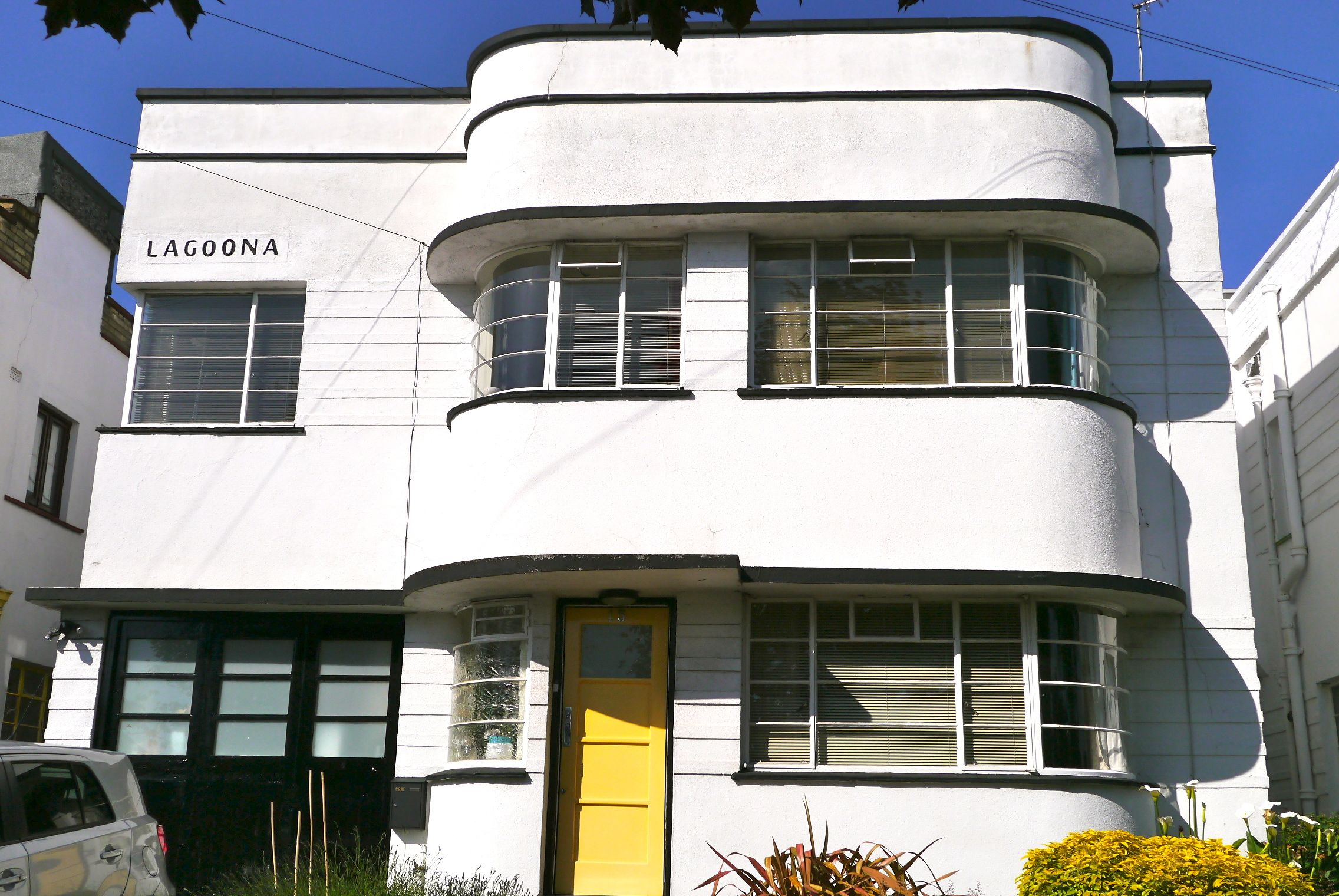 Art deco house on Abbotshall Avenue, London
