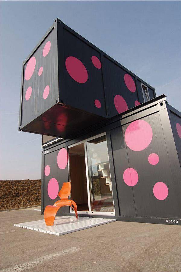 Les plus belles maisons faites avec des containers de stockage   Architecture de conteneurs ...