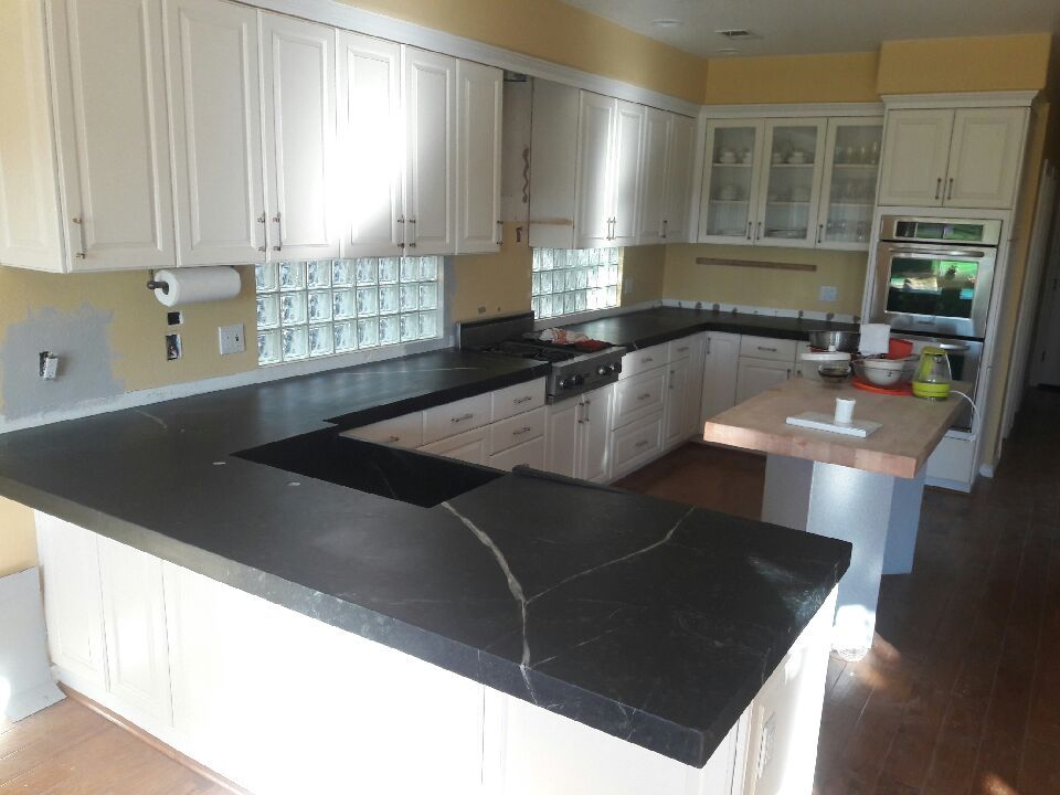 Cartorio Soapstone Kitchen With 2 1 2 Mitered Edge Detail