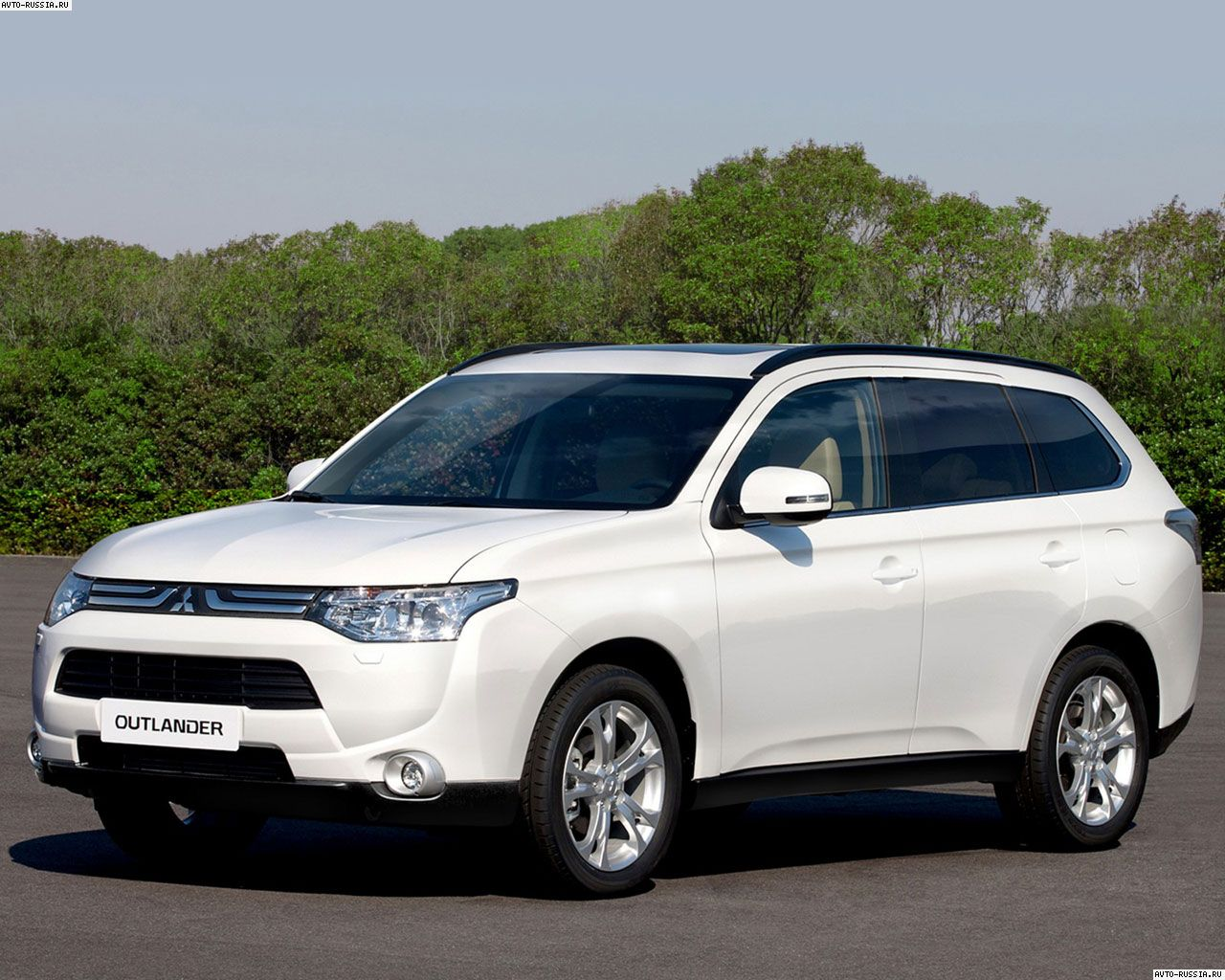 2015 Mitsubishi Outlander Wallpaper HD