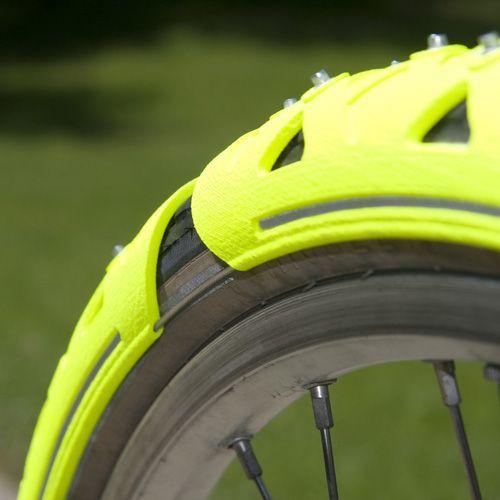 Rongen Spikes Tires Cesar Snow Bike For The Van Bysnow