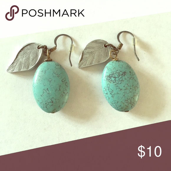 Turquoise Leaf Earrings Perfect to dress up any outfit! Jewelry Earrings