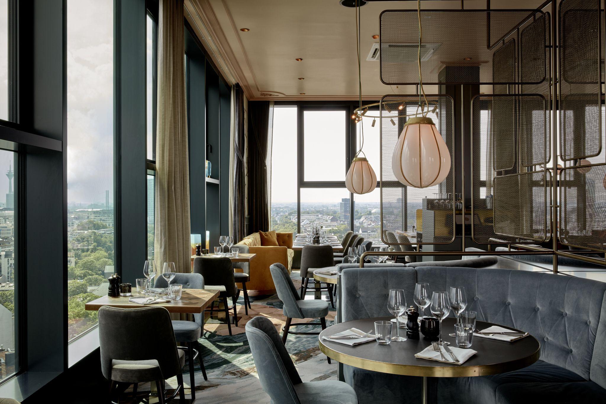 The Paris Club im 25hours Hotel Düsseldorf Das Tour