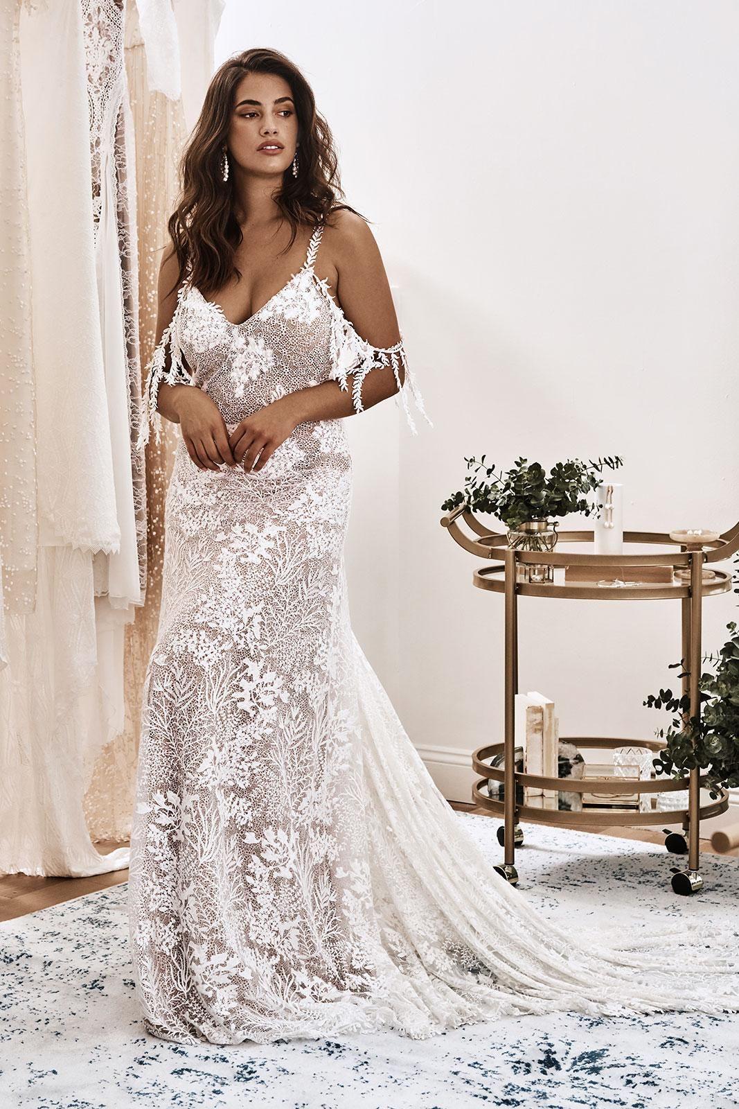 Sol Gown Lace Wedding Dress Grace Loves Lace Wedding Dresses Lace Grace Loves Lace Wedding Gown Accessories