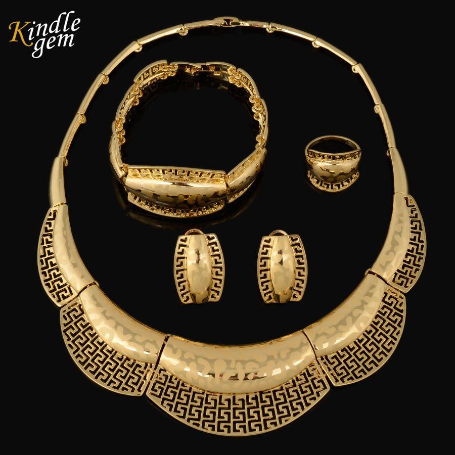 2017 Brand GUC Latest Parure Bijoux Femme Plaque Or Fashion Choker Necklace  Jewelry Set Laser Patter Dubai Gold Plated 138b085d780